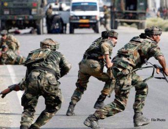 अनंतनाग में आतंकियों ने CRPF दल पर किया हमला