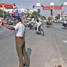 ट्रैफिक रुल्स को लेकर असम पुलिस का ट्वीट एसआरके को क्यों भाया
