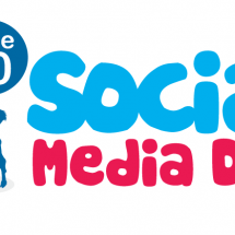 वर्ल्ड सोशल मीडिया डे: दिनों दिन बढता जुनून